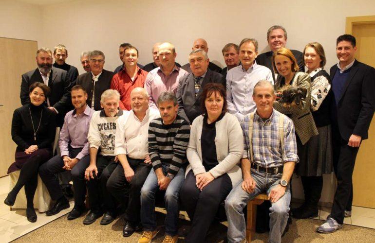 Mitarbeiter-Ehrung bei DRIESCHER: 28 Mitarbeiterinnen und Mitarbeiter wurden für insgesamt 856 Jahre Betriebszugehörigkeit geehrt
