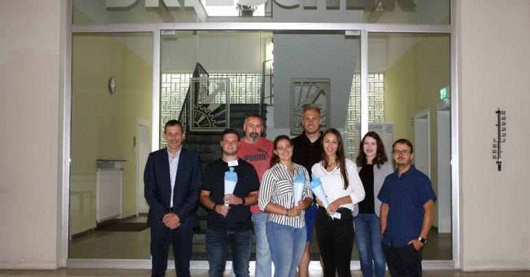 Drei neue Auszubildende bei DRIESCHER Moosburg