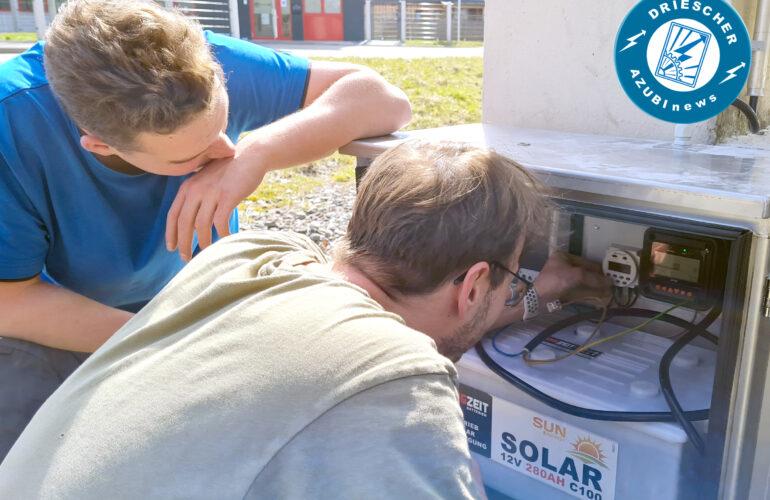 AZUBInews - Solarbetriebene Infostele an der Firmenzufahrt